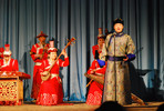 Aufführung des Mongolian National Song and Dance Academic Ensembles